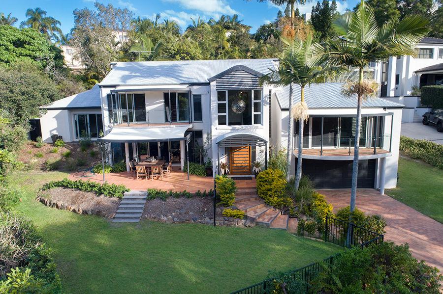 Real Estate in Bardon