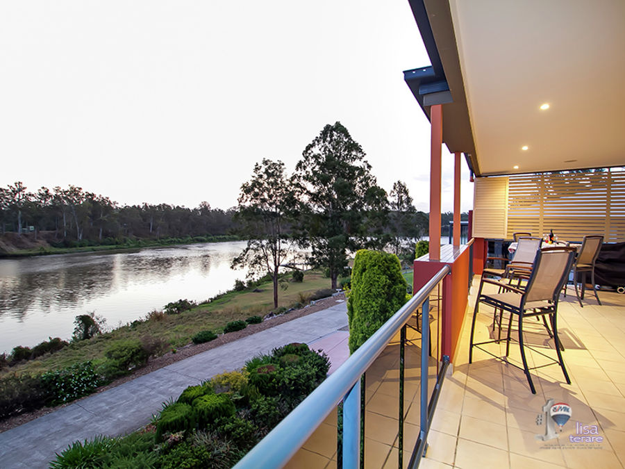 Property in Riverhills - Auction