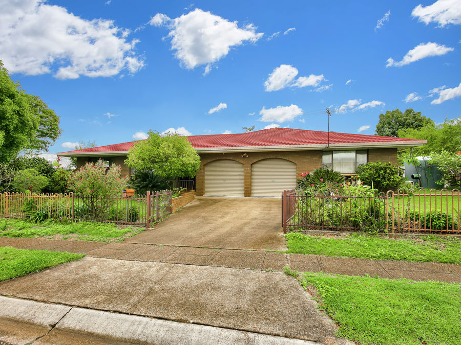 Property in Sunnybank Hills - $520.00 per week negotiable