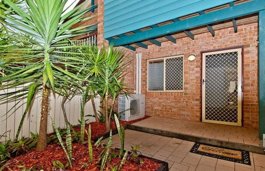Property in Highgate Hill - Leased