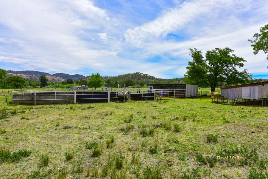 18.45 ACRE HORSE BREEDING, SPELLING, TRAINING PROPERTY WITH BUILDING ENTITLEMENT