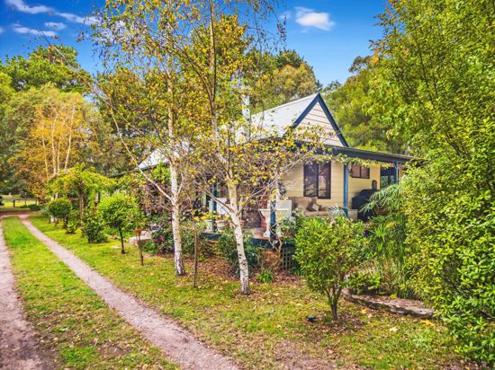 183 Long Point Road, Tallong, NSW 2579