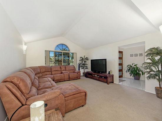 Real Estate in Park Ridge South