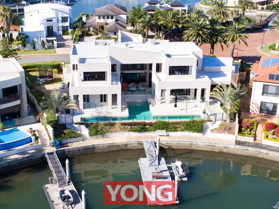 Property in Sovereign Islands - [3 LEVELS 135SQ & 1501M2 DOUBLE BLOCK] $5,900,000