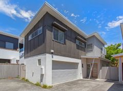 Property in Balmoral - Sold for $800,000