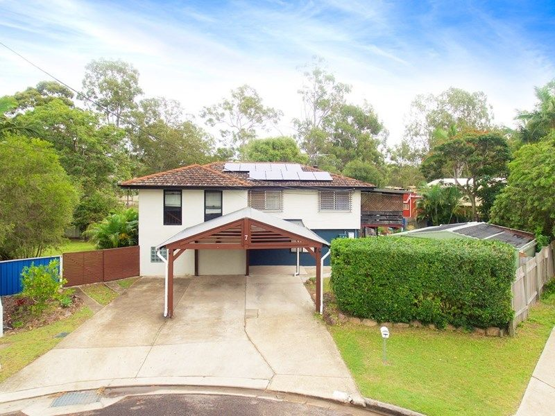 Property in Springwood - Offers over $525,000