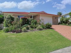 Property in Korora - $550 Weekly