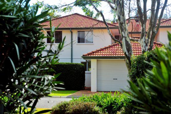 Property in Korora - $350 Weekly