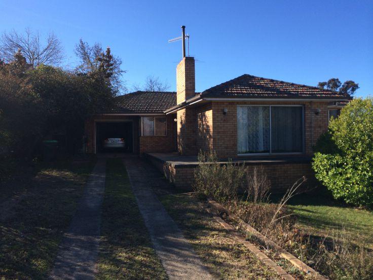5 Richardson Avenue, Armidale, NSW 2350