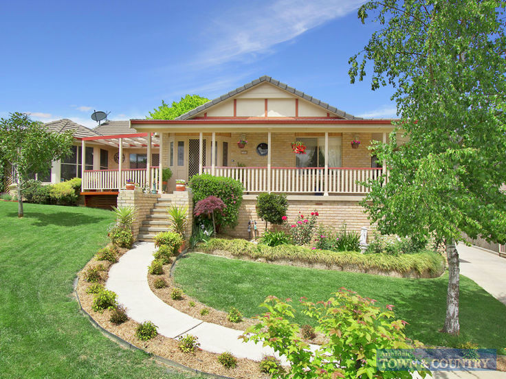 17 Williams Place, Armidale, NSW 2350