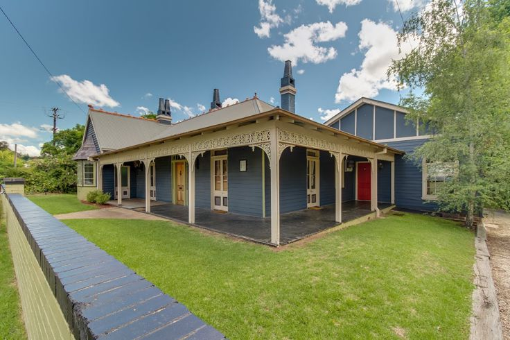 Property in Armidale - $300.00 Per Week