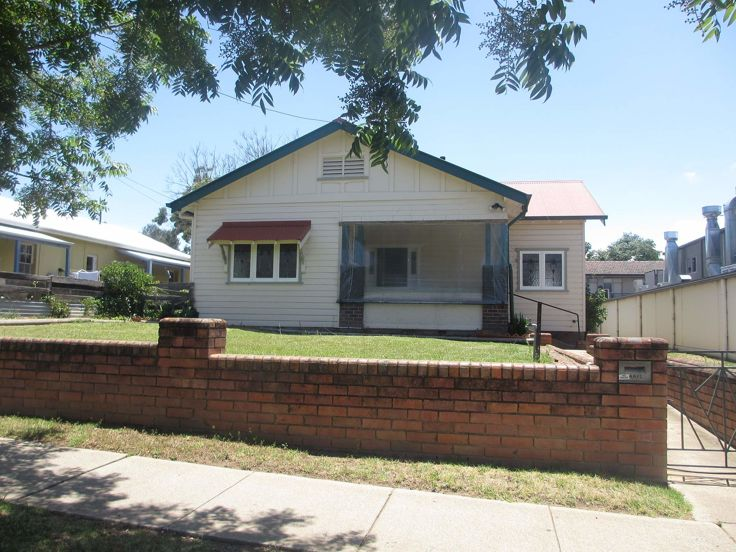 Property in Armidale - $350.00 Per Week