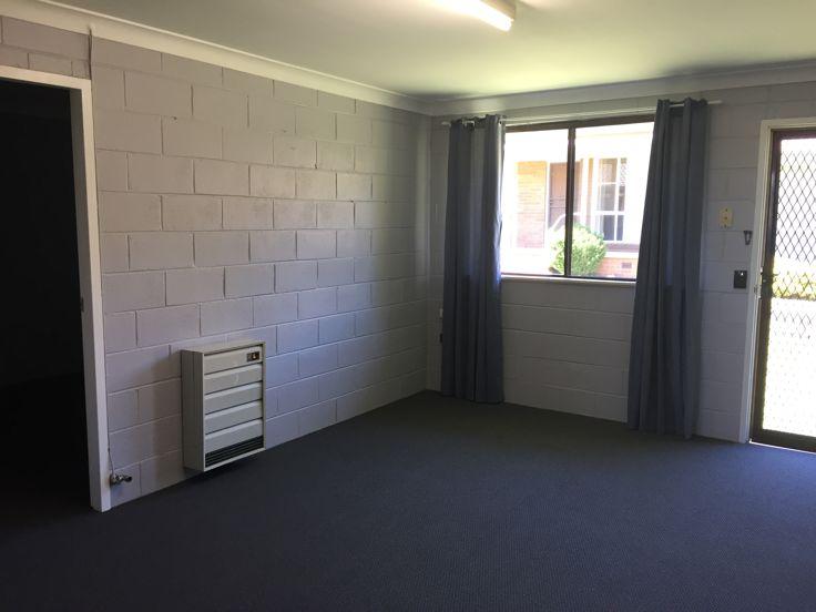 2/11 Balblair Street, Guyra, NSW 2365