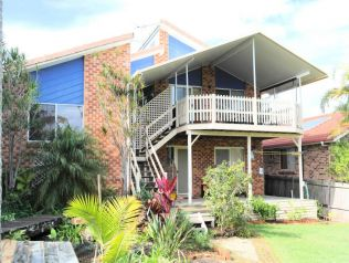 Property in Arrawarra Headland - From $900 Weekly