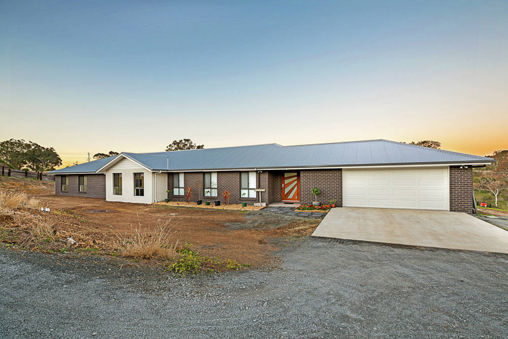 15 Frontier Court, Gowrie Junction, QLD 4352