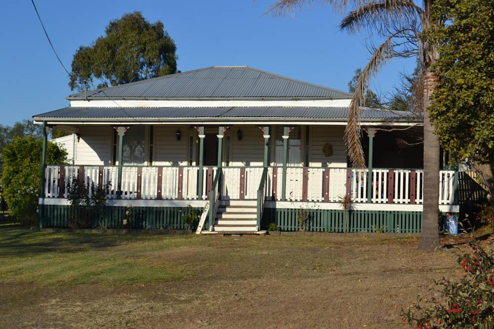5 Bell Street, Greenmount, QLD 4359