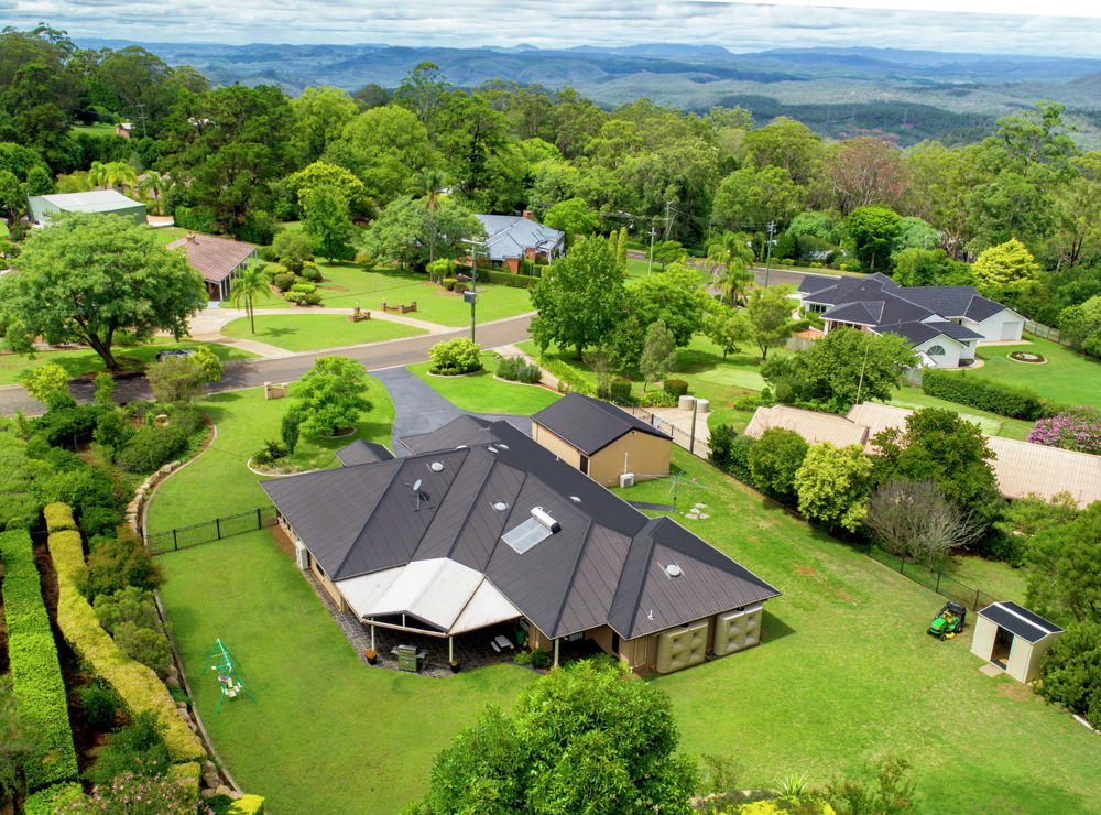 Property in Middle Ridge - REDUCED TO $1,100,000