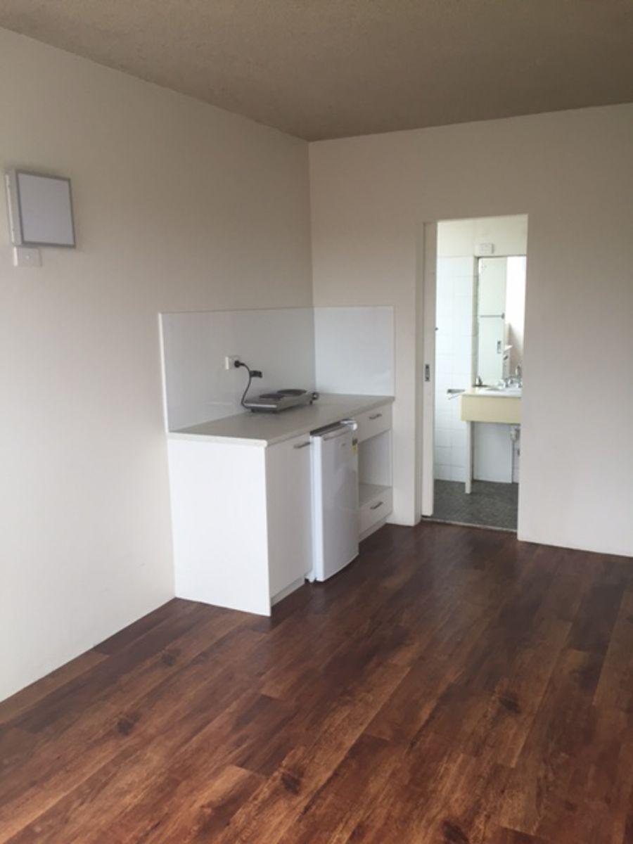 Property in Bondi - $325 per week