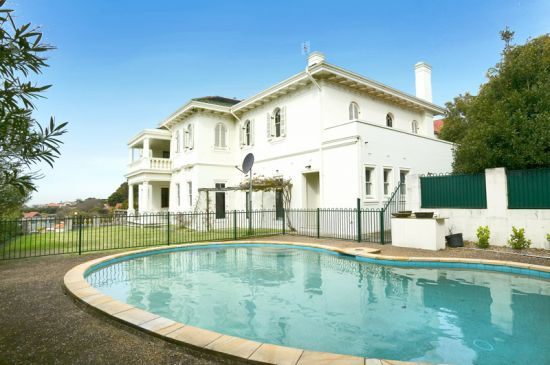 93 victoria road bellevue hill raine horne double bay for Where is bellevue hill