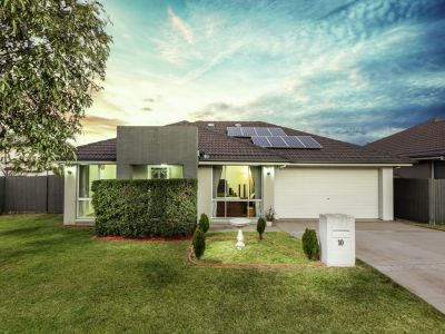 Property in Stanhope Gardens - Sold for $815,000