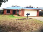 Property in Darling Heights - $400