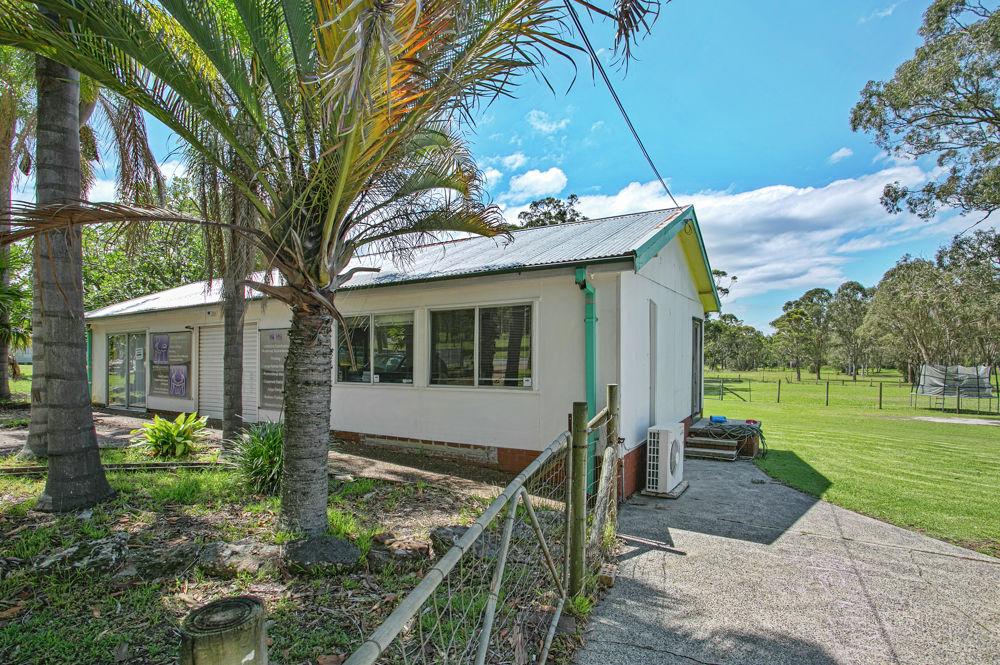 85 Wahroonga Road, Kanwal, NSW 2259