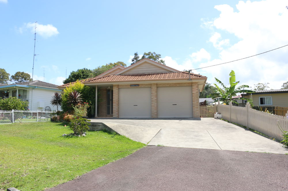 6 Resthaven Avenue, Charmhaven, NSW 2263