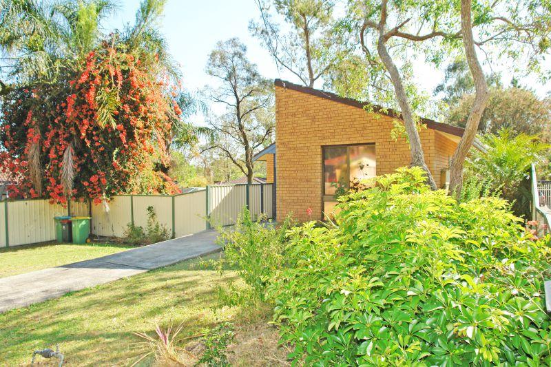 37 Somers Drive, Watanobbi, NSW 2259