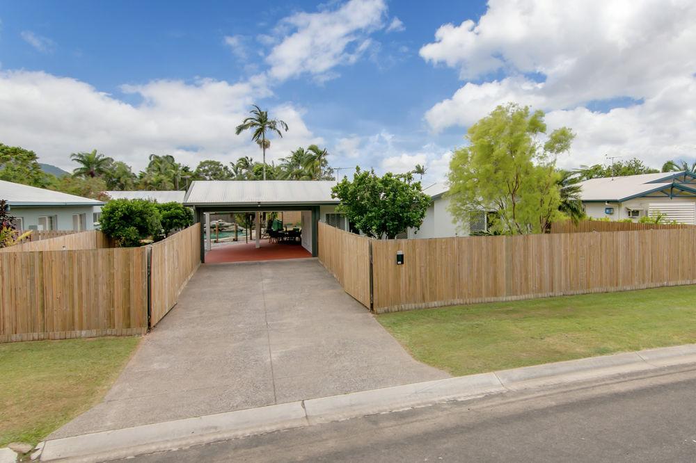 Bentley Park Properties For Sale