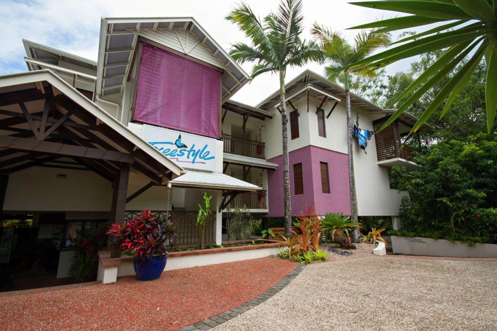 Port Douglas resort apartment for sale