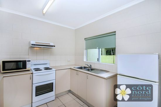 Refurbished kitchen, selfcontained unit for sale
