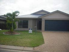 Property in Bushland Beach - $320 Weekly