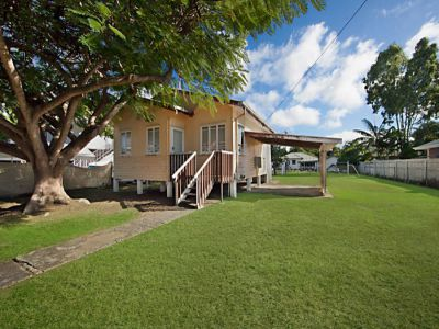 Property in Currajong - AUCTION