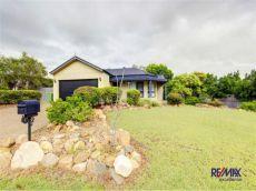 Property in Mount Louisa - $370 Per Week