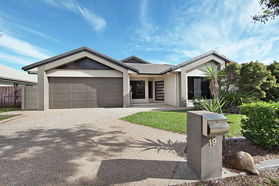 Property in Bohle Plains - $539,000