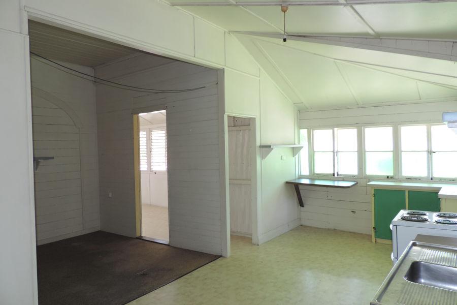 Property in Hermit Park - $140 Per Week