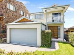 Property in Collaroy Plateau - Sold for $1,630,000
