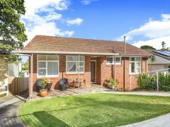 Property in Collaroy Plateau - Sold for $1,270,000