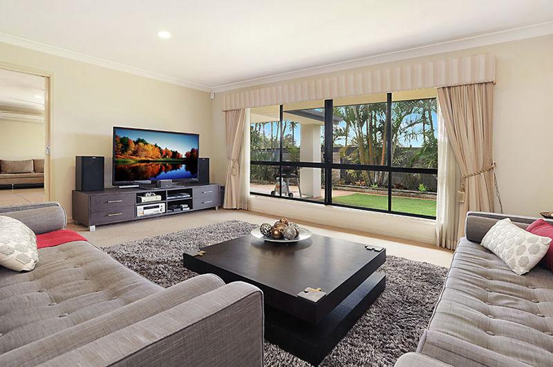 Property in Bridgeman Downs - Offers Over $699,000