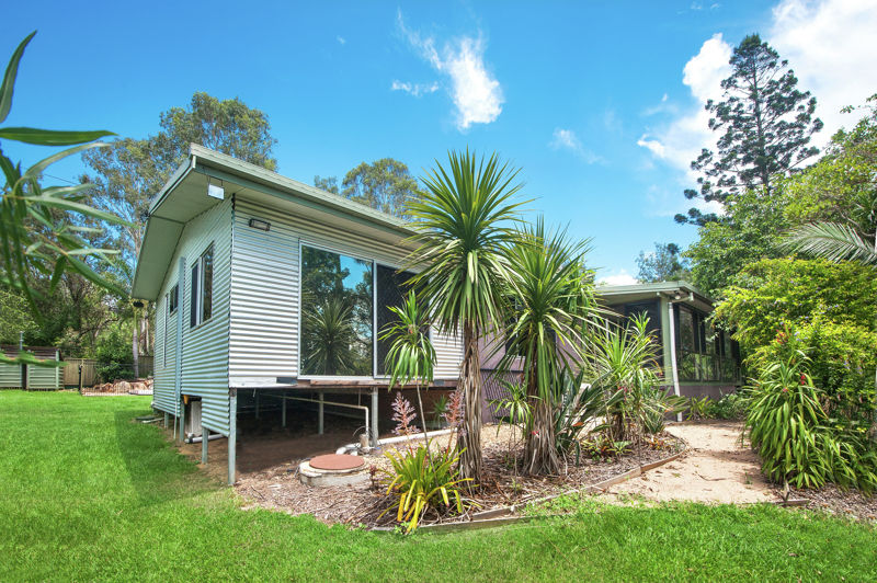 Property in Mount Samson - Leased