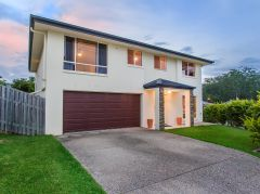Property in Reedy Creek - OFFERS OVER $699,000