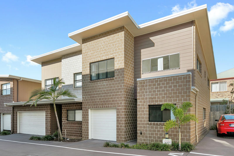 Property in Capalaba - Offers Over $399,000 !!