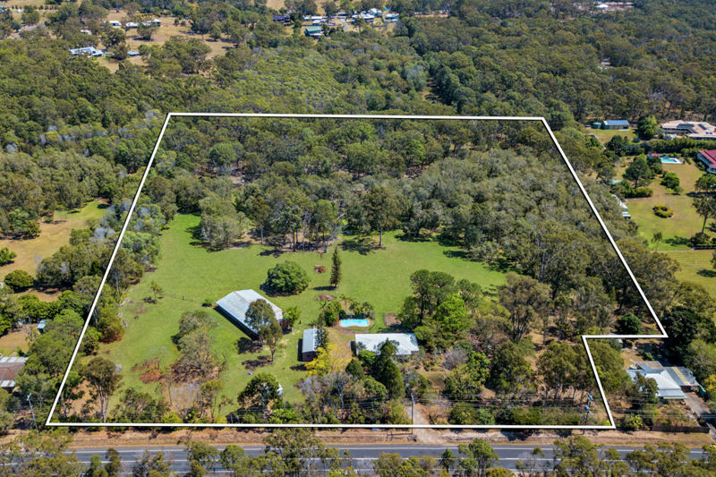 Property in Thornlands - Sold for $1,600,000