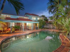 Property in Carindale - Sold for $848,000