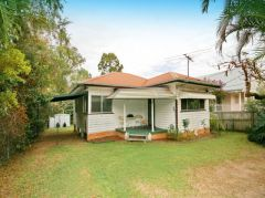 Property in Manly West - Sold for $465,500
