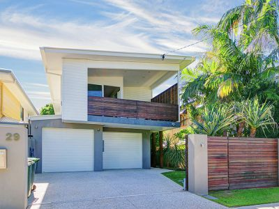 Property in Lota - Sold for $865,000