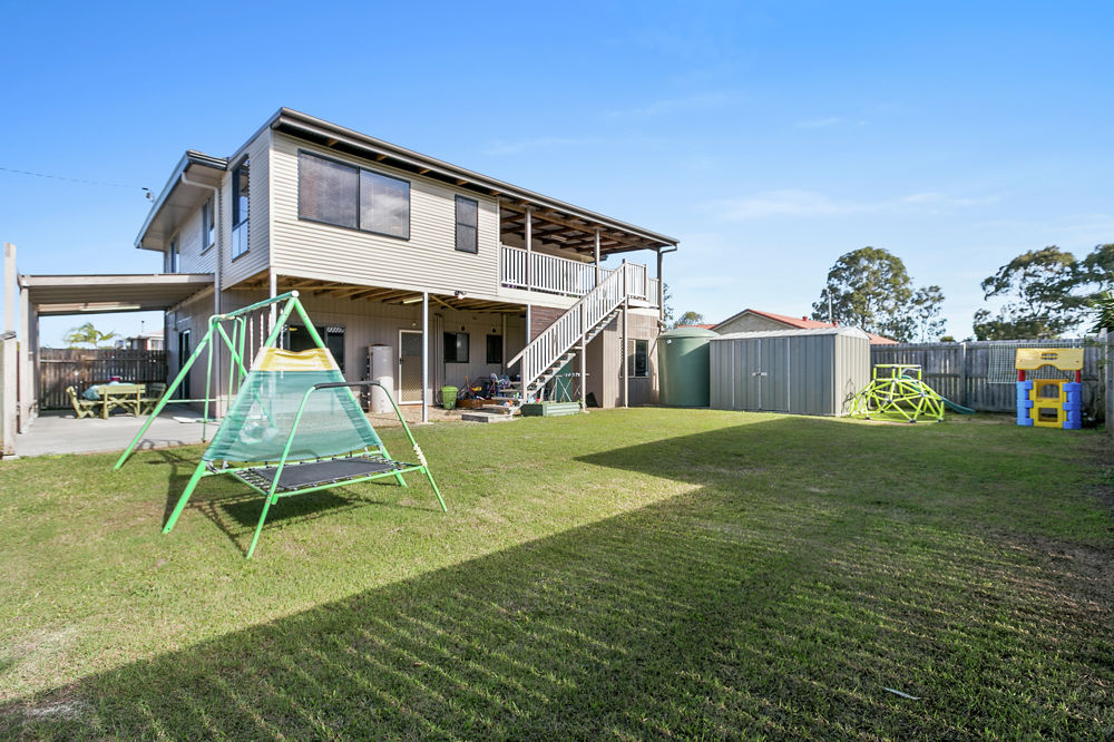 Property For Sale in Wynnum West