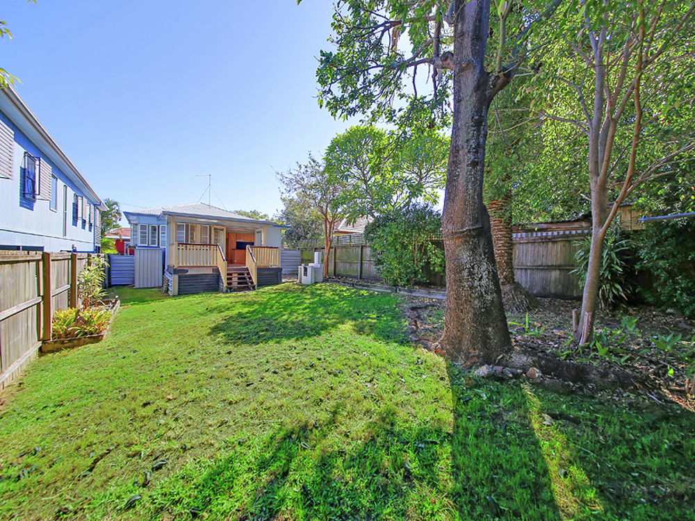 Property in Manly - Sold for $465,500