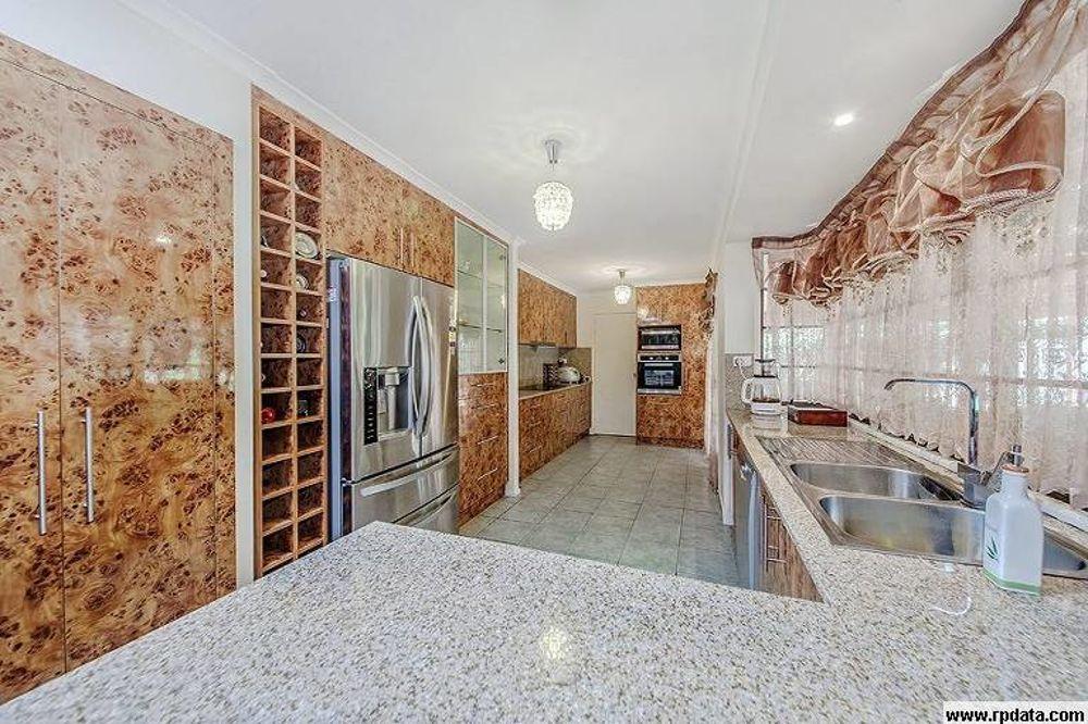 Real Estate in Wynnum West