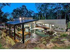Property in Fig Tree Pocket - Sold for $960,000